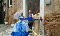 Venetië (Italië) - Richard Veenman (links) en Sylvia Veenman (midden)