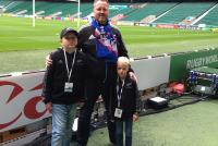 In het Twickenham stadion een paar dagen voor de RWC halve finale SA-NZ - Met Sem, Roland en Finn de Mooij