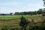 5 augustus 2015: De oude graslaag wordt verwijderd